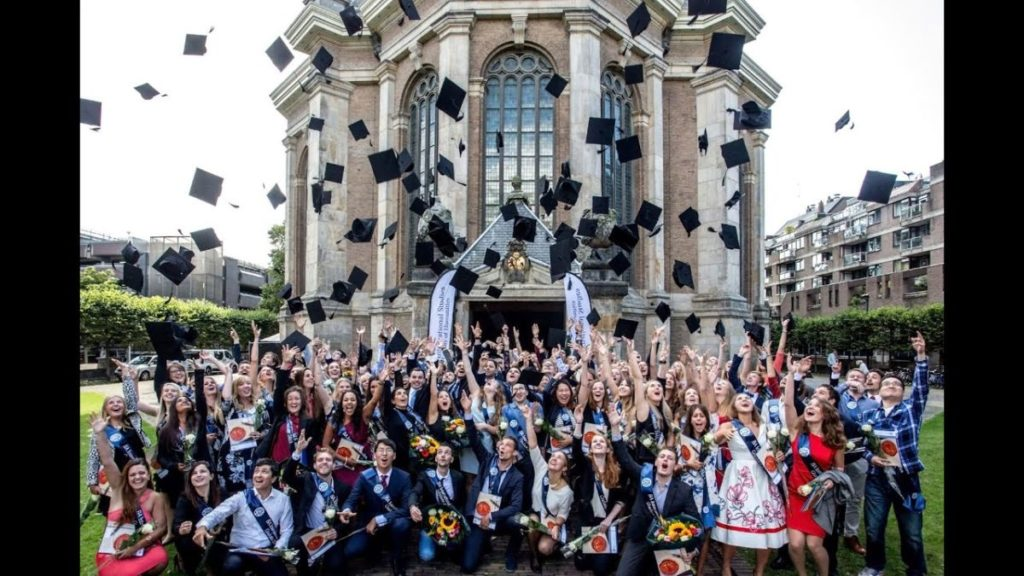 Oort Astronomy Scholarships for International Students at Leiden University in Netherlands, 2019