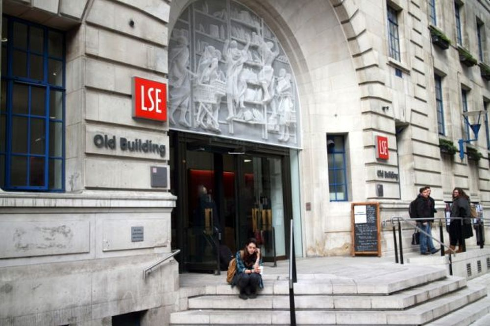 LSE Masters funding for Students from Arab states in UK, 2017