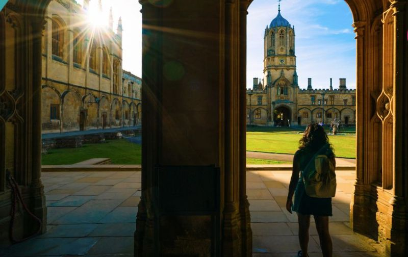 How to Get Accepted at Oxford University - Scholarship