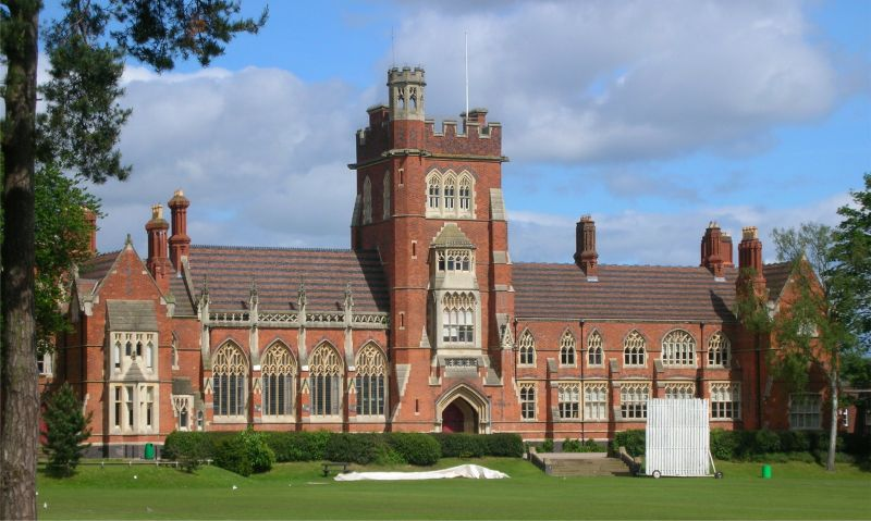 University of Birmingham Pakistan Outstanding Achievement Scholarships in the UK