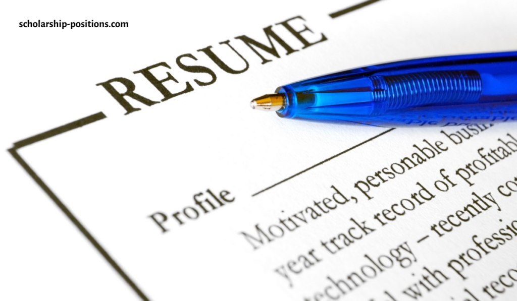 What Things Should Students Know Before Writing Their First Resume